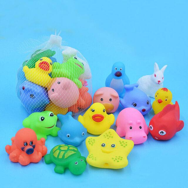 Lovely Floating Squeaky Baby Bath Toys Set